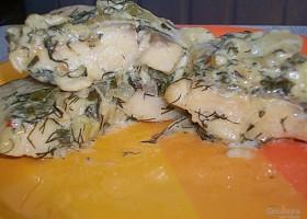 Тушеная рыба под соусом