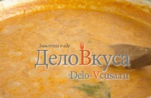 Томатный соус для тефтелей: Добавляем воду