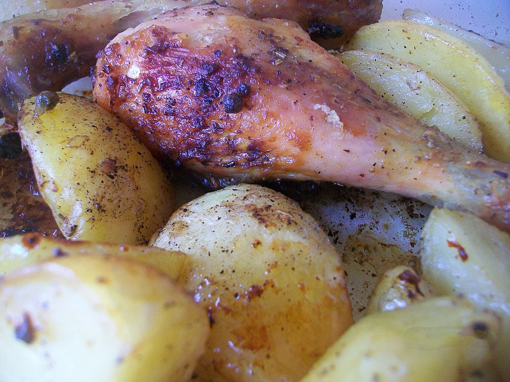 Как приготовить картошку с голенью в духовки