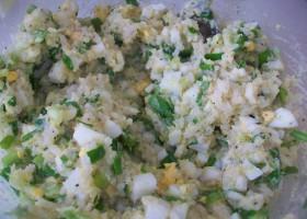 Начинка из риса, яиц и лука