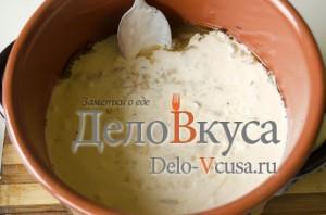 Говядина с картошкой в горшочке: Добавляем соус в горшок