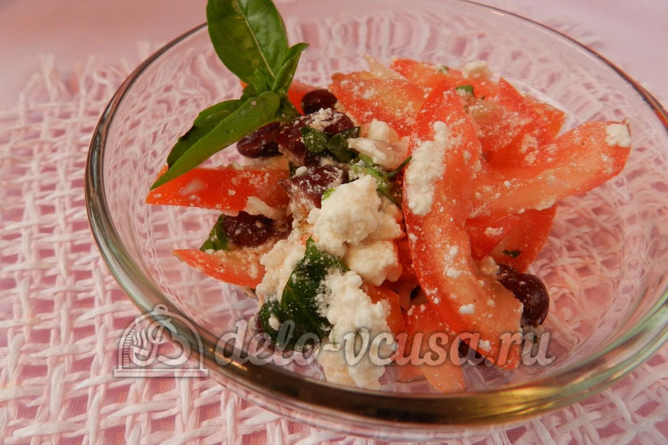 Салат с фасолью перцем и помидором с