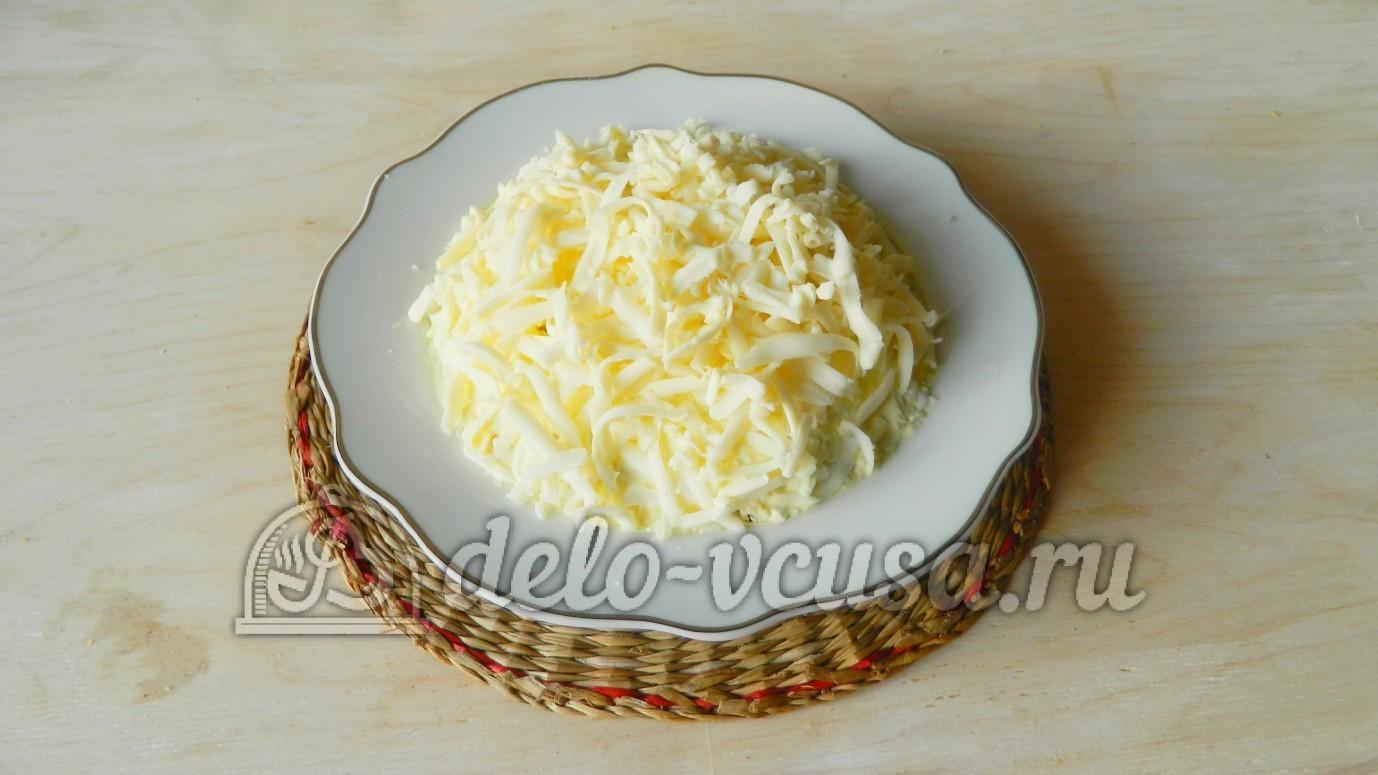Рецепт салата из колбасного сыра пошагово