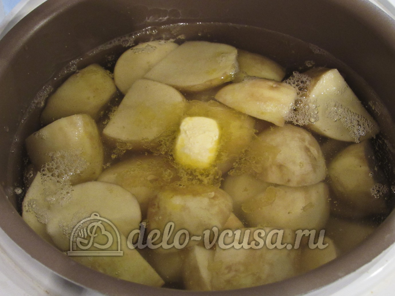Картофель в мультиварке рецепты с фото с тушенкой