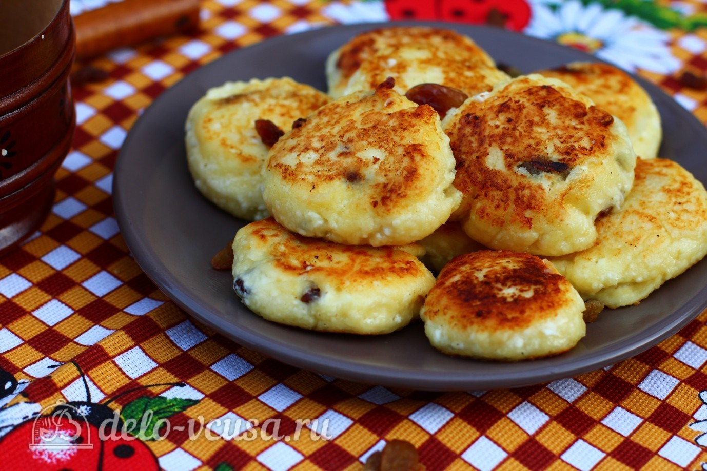 Сырника из творога с изюмом рецепт пошагово