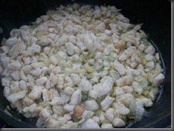 Жареная картошка с куриным филе: фото к шагу 8.