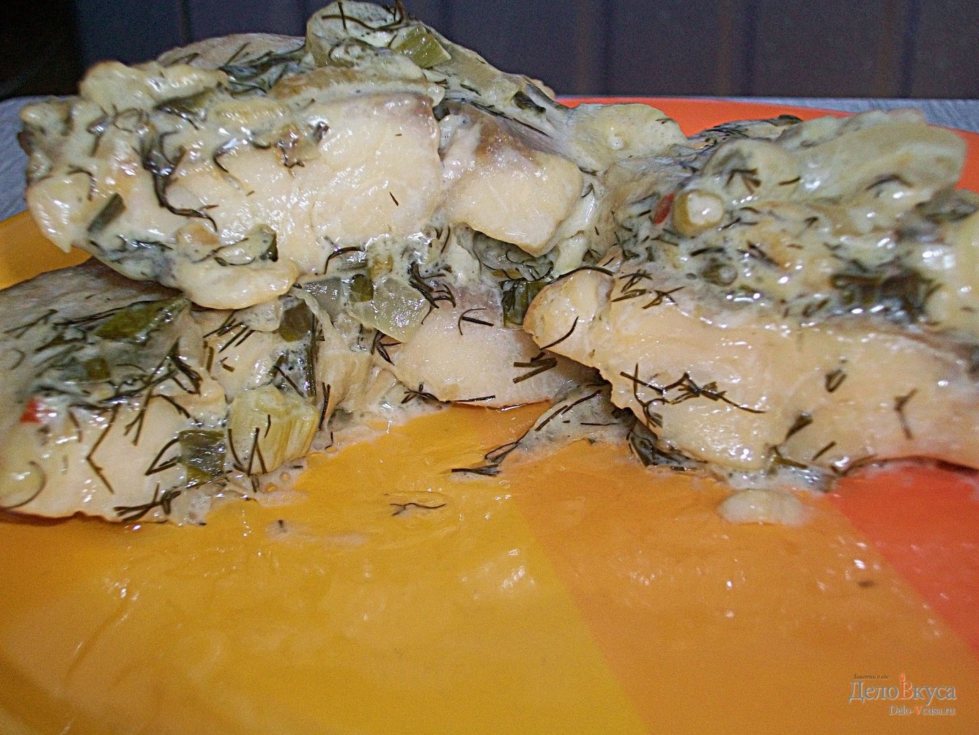 Тушеная рыба под соусом из сметаны