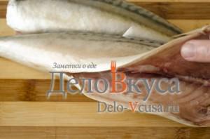 Скумбрия в фольге в духовке: Выпотрошить рыбу
