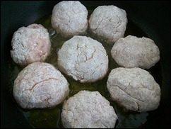 Котлеты из мясного фарша рецепт: фото к шагу 8