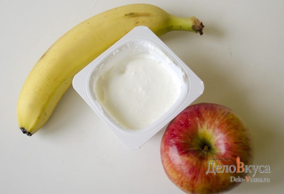 Десерт из банана и яблока