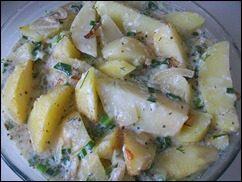 Запечённая картошка со сметаной и сыром: фото к шагу 12.