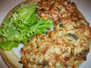 Оладушки с капустой, свининой и зеленью. Оладья с мясом и овощами: фото к шагу 14