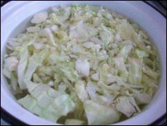 Оладушки с капустой, свининой и зеленью. Оладья с мясом и овощами: фото к шагу 2