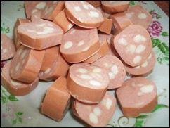 Омлет с сосисками, картошкой, помидорами и сыром: фото к шагу 6