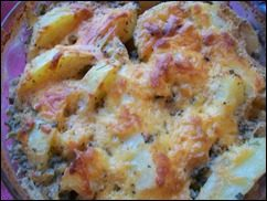 Запечённая картошка со сметаной и сыром: фото к шагу 14.