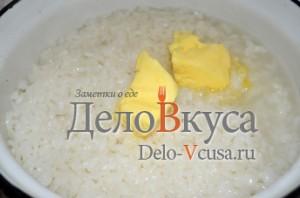 Голубцы: В рис добавить сливочное масло