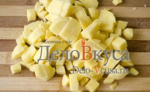 Украинский борщ: Порезать картошку