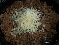 Начинка для Каннеллони: добавляем твердый сыр