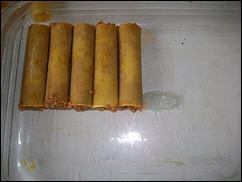 Фаршированные каннеллони: выкладываем трубочки на форму