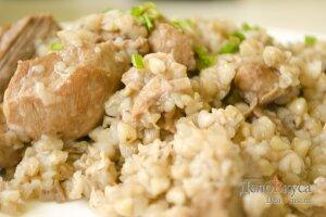 Гречневая каша с мясом: Тушим кашу до готовности