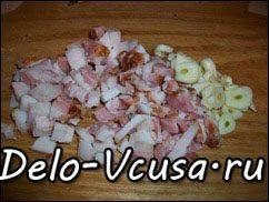 Острая картофельная запеканка с курицей, сосисками и перцем чили: фото к шагу 2.