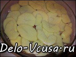 Острая картофельная запеканка с курицей, сосисками и перцем чили: фото к шагу 13.