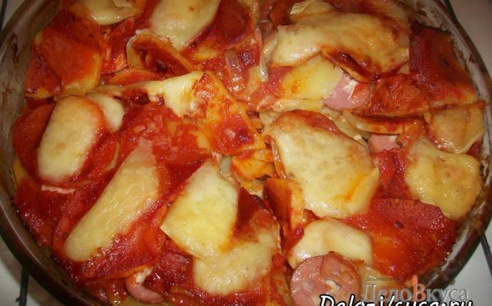 Острая картофельная запеканка с курицей, сосисками и перцем чили