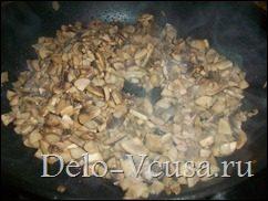 Блинчики с курицей, грибами и сыром. Налистники с начинкой из грибов, сыра и куриного филе: фото к шагу 9