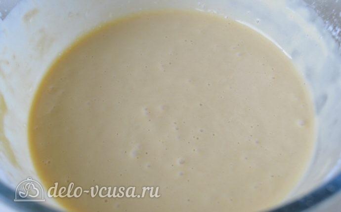 Блины на молоке: Добавить остальное молоко