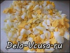 Начинка для пирожков и пирогов из лука, яиц и риса: фото к шагу 3.