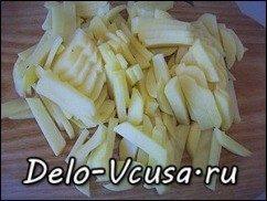 Жареная картошка с луком: фото к шагу 1.