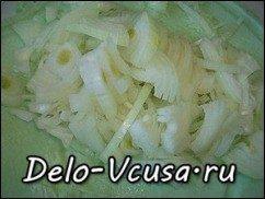 Жареная картошка с луком: фото к шагу 3.