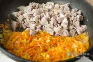 Рассольник с рисом: Добавить мясо