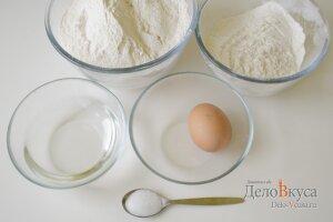 Пельменное тесто в хлебопечке: Яйца, мука, соль и вода