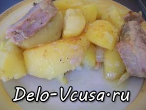 Картошка запеченная в духовке со свиной вырезкой: фото к шагу 8