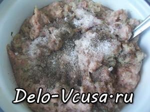 Картофельная запеканка с мясным фаршем и твердым сыром: фото к шагу 2.