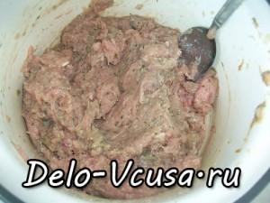 Картофельная запеканка с мясным фаршем и твердым сыром: фото к шагу 3.