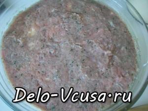 Картофельная запеканка с мясным фаршем и твердым сыром: фото к шагу 10.