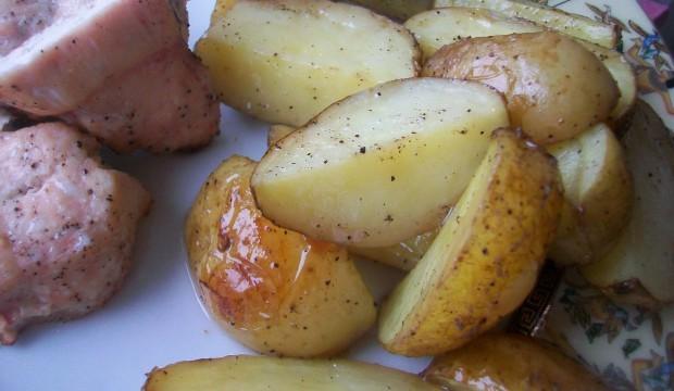 рецепт молодой картошки с чесноком в духовке рецепт
