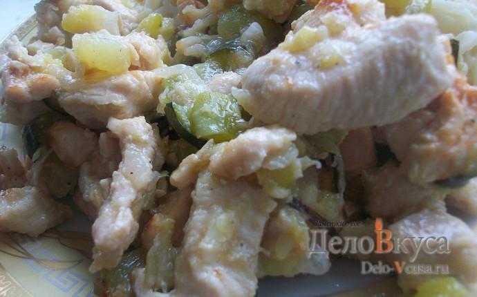Кабачки с куриным филе и луком. Курица тушеная с луком и цуккини
