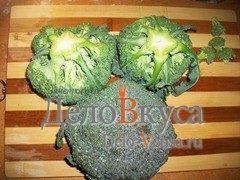 Гарнир из брокколи с оливковым маслом и винным уксусом: фото к шагу 1.