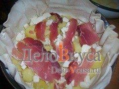 Пирог из слоёного теста с картошкой сыром Моцарелла и пармской ветчиной: фото к шагу 3.