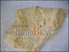 Багет в хлебопечке с сыром: фото к шагу 7.