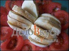 Закуска из помидор и сыра Моцарелла: фото к шагу 4.