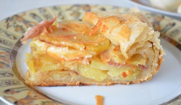 Рецепты пирогов из слоеного теста с картофелем