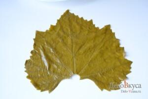 Долма из виноградных листьев: фото к шагу 8.
