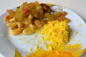 Львовский сырник: Снять цедру с лимона