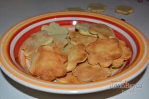 Песочное печенье на майонезе: фото к шагу 9.
