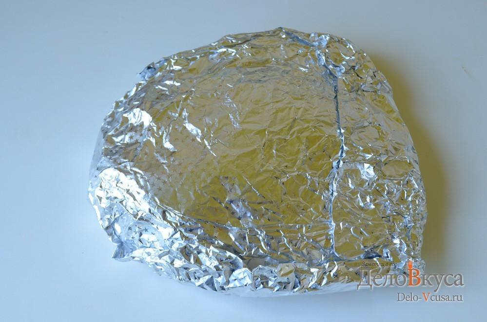 Индейка в духовке. Запеченное бедро индейки в фольге: фото к шагу 6.
