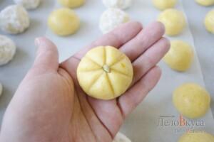 Миндальное печенье. Миндально-апельсиновое песочное печенье. Печенье тыква (на Хэллоуин): фото к шагу 15.